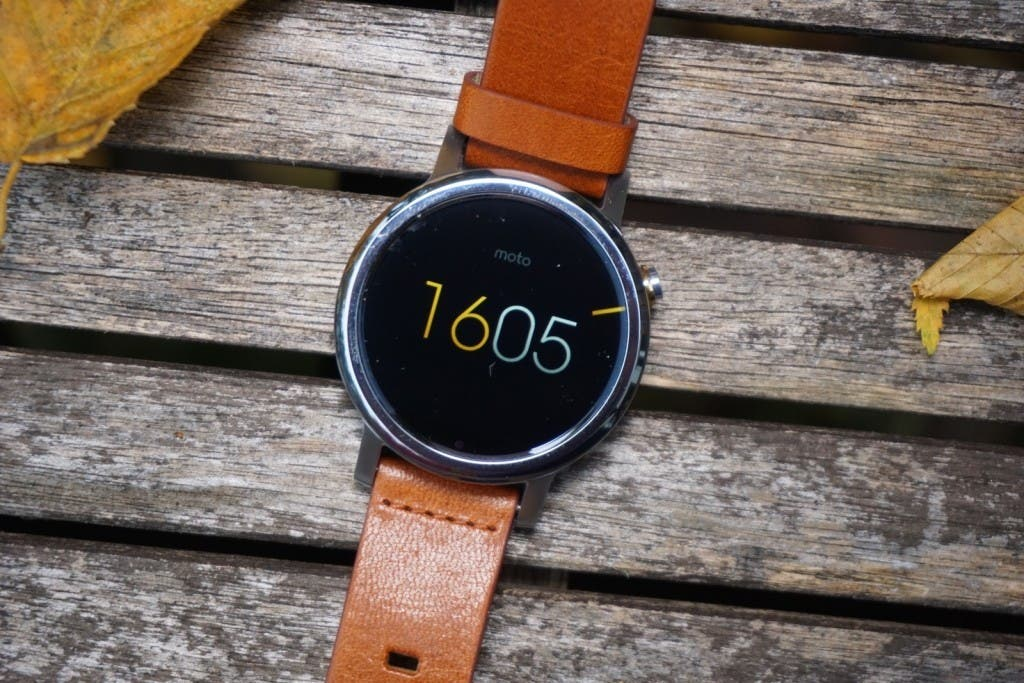 Moto 360 2 digital watchface