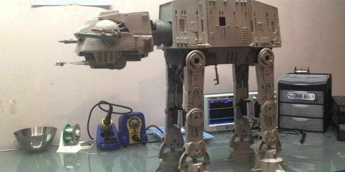 DIY: Star Wars Imperial AT-AT Walker als Roboter