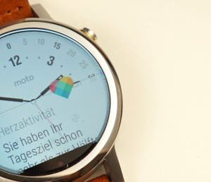 moto 360 2 color fringing
