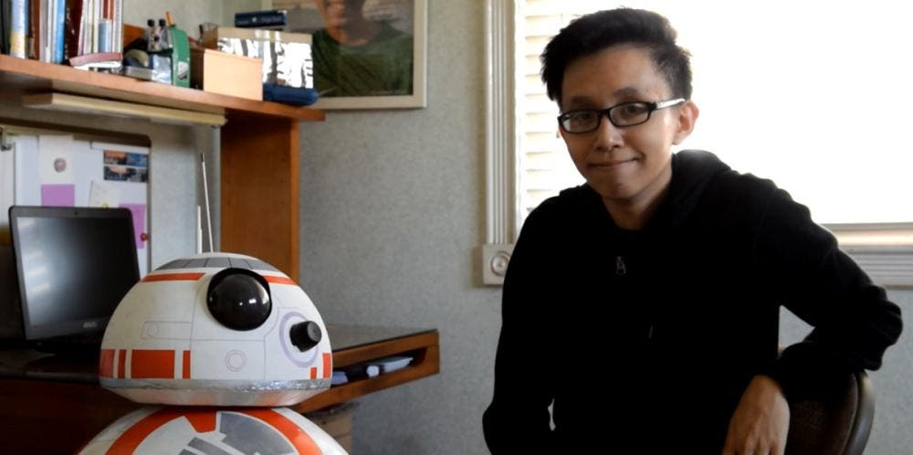 Smartphone-controlled-BB-8-droid_2