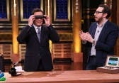 Virtual Reality: Jimmy Fallon testet die HTC Vive Pre