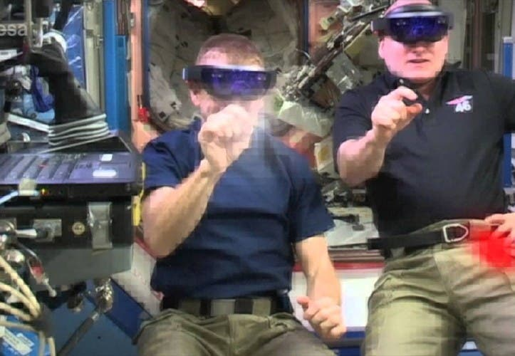 Microsoft HoloLens: Space Invaders zocken in der ISS