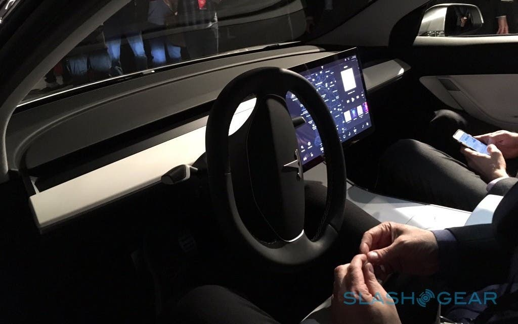 Tesla 3 Dashboard
