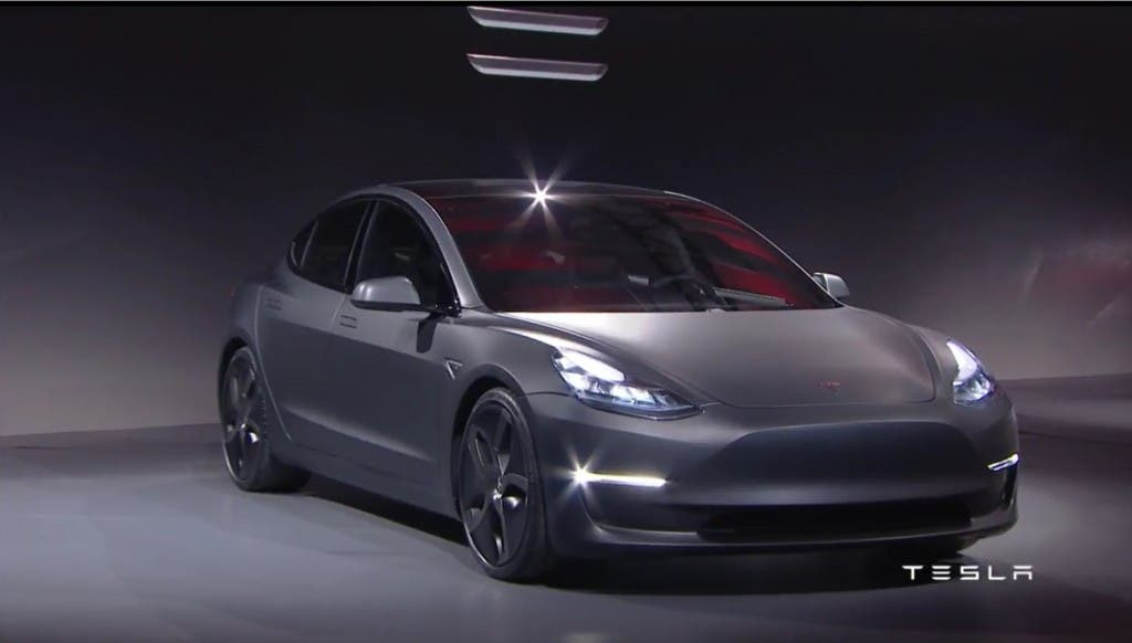 Tesla Model 3 - Vorne 3