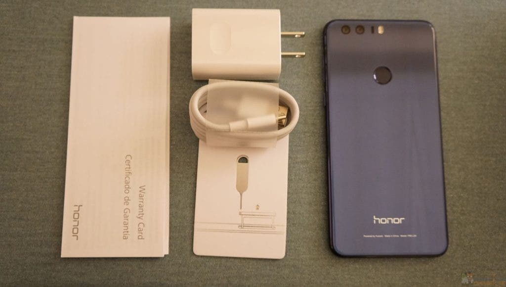 honor-8-unboxing-3