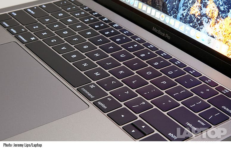 apple-macbook-pro-13-2016-w-g10