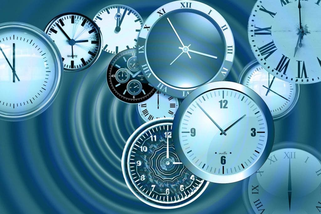 time-1739625_1920