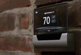 Johnson Controls GLAS: Microsoft zeigt Thermostat mit Cortana