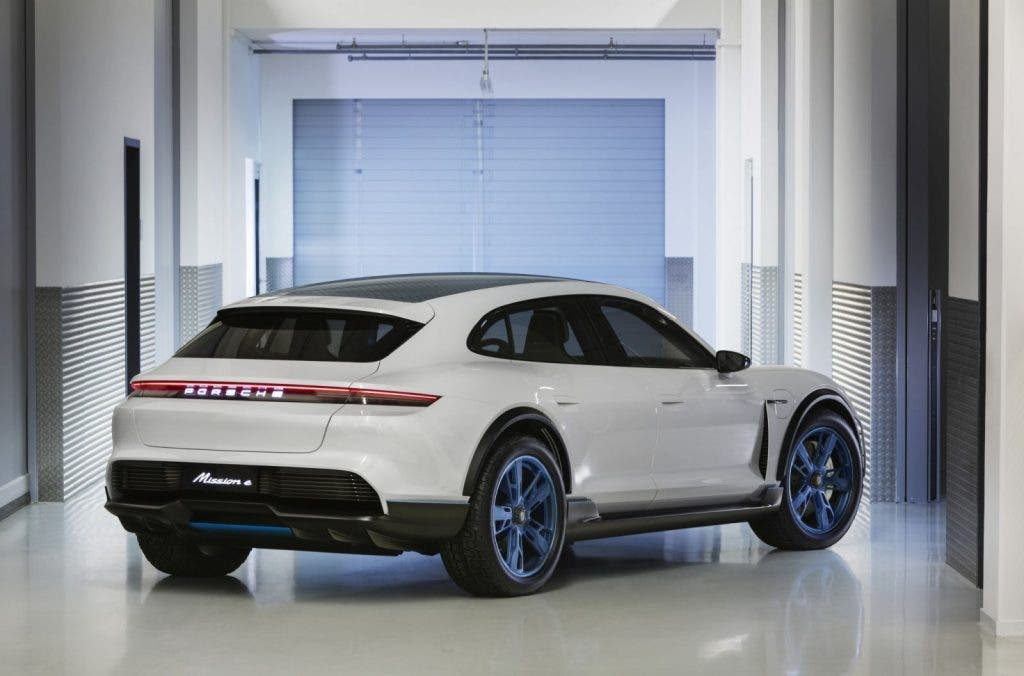 Porsche Cross Toursimo