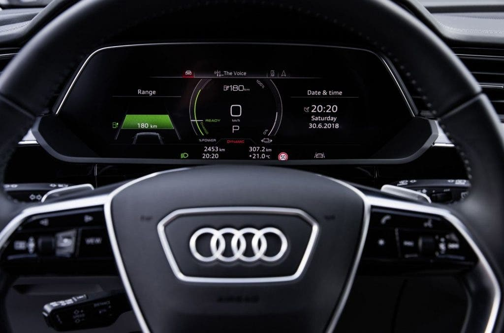 Audi e-tron Virtual Cockpit