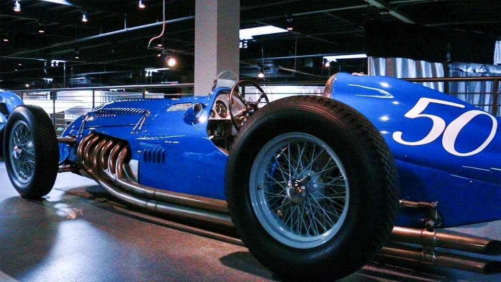 Bugatti Collection: Mullin Automotive Museum bietet Livestream